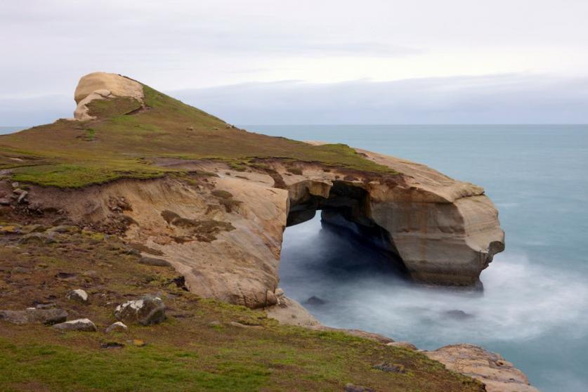 新西兰旅游景点,新西兰景点,新西兰南岛景点,但尼丁景点,隧道海滩徒步