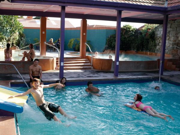 波利尼西亚温泉浴场